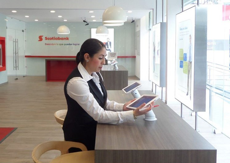 tablet-in-bank