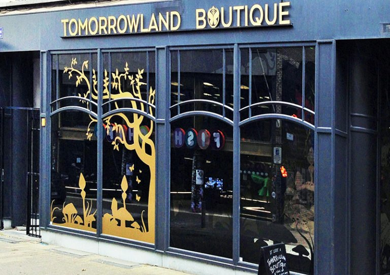 Referentie-Tomorrowland-Boutique-Voorgevel2